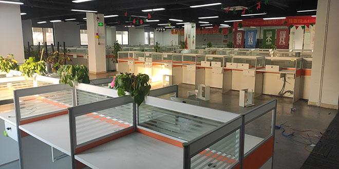 深圳西部疏港高架路附近办公室布线 南山区赤湾六路布线公司.jpg